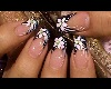 LILLY WHITE NAILS