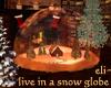eli~ Xmas Snow Globe