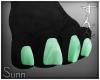S: Gargy paws