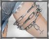 *D Cross Leg Chain
