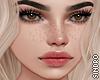 皮膚. Lauren Freckles.