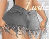 grey cropped shorts*