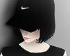 Pelo Negro y Sombrero