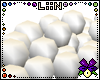 LiiN Snowball Pile