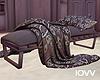 "Iv""Cuddle Bench"