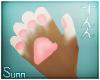 S: Diva paws