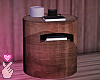 e trunk side table