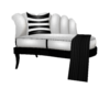 Black/White kissy chaise