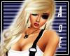 Blonde Salinna