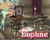 Daphnes Castle QueensDes