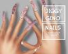 Minaj Manicure