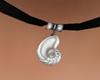 ( K ) Choker seashell