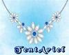 Vintage Necklace �TAr