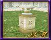 AM~Mhyst Vase (South)