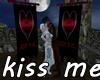 KP kiss me Sir Knight
