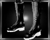 b white duple boots M