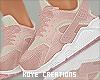 |< Katleia! Sneakers!