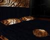 {Gi}Sensual Canopy Bed