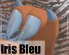 IrisBleu-MaleHands