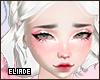 Oleslia White e
